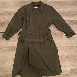 London Fog - Men's Coat - Size 44R - Dark Green